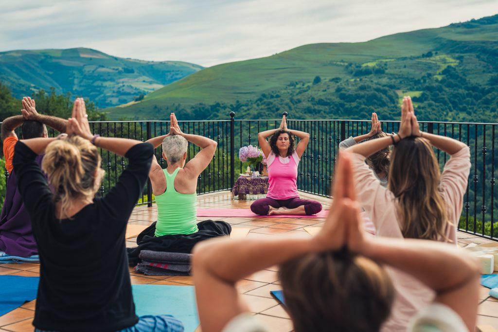 Retiro Yoga Semana Santa 2